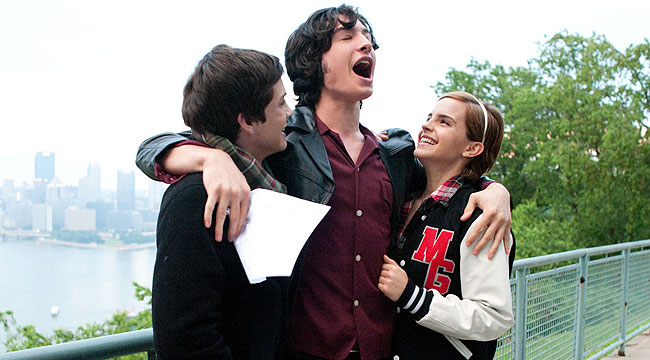 charlie and his encounter with the perks of friendship family and wallflowerness in the perks of bei Most people think 15-year-old charlie is a freak but then seniors patrick and his beautiful stepsister sam take charlie under their wings and introduce him to their eclectic, open-minded, hard-partying friends it is from these older kids that charlie learns to live and love the perks of being a wallflower is the story of what it's like.