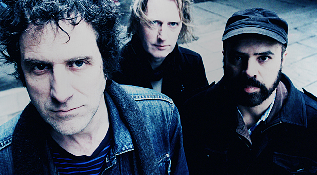 Swervedriver photo by Giles Borg